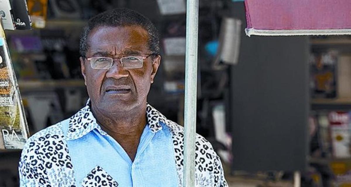 Inongo Vi-Makomé: «En África narrar un cuento es mejor que dar un consejo»