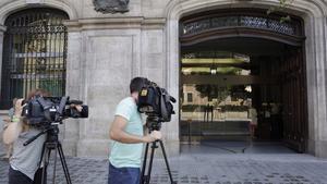 La sede mercantil de FCC en Barcelona, donde la Guardia Civil ha practicado un registro, esta mañana.