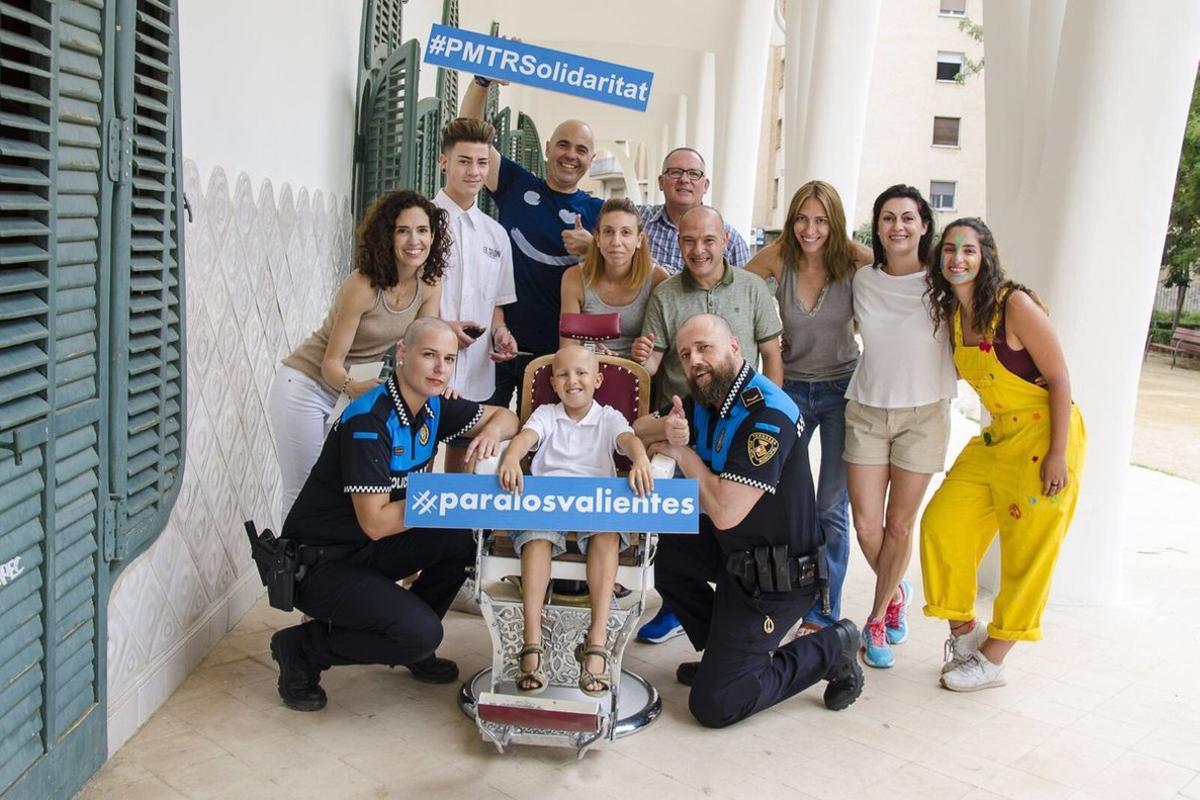 Los policías de Terrassa participan en la campañasolidaria #paralosvalientes.