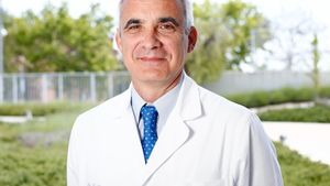 Doctor Rafael Navarro.