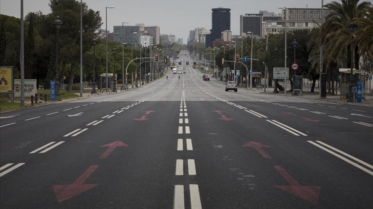 La avenida de la Diagonal, casi desierta, el 31 de marzo.