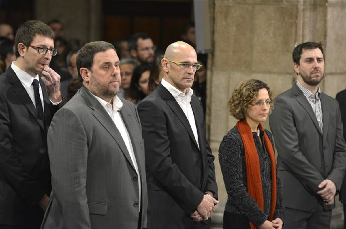 Algunos de los miembros del nuevo Govern, en el acto de toma de posesión, este miércoles en el Palau de la Generalitat.