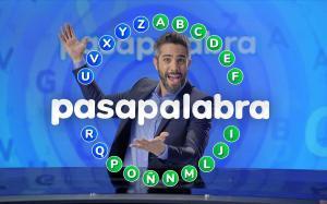 El presentador Roberto Leal y 'El rosco' de 'Pasapalabra'.