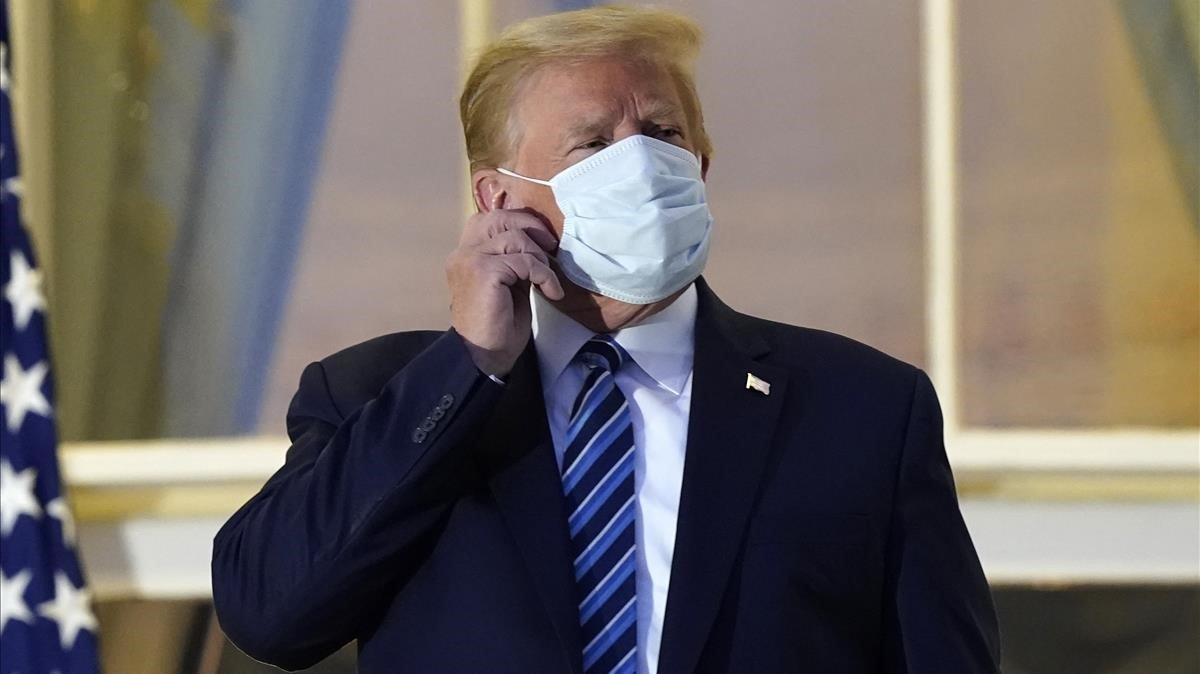 El presidente de EEUU. Donald Trump, con mascarilla, en una imagen del pasado lunes.