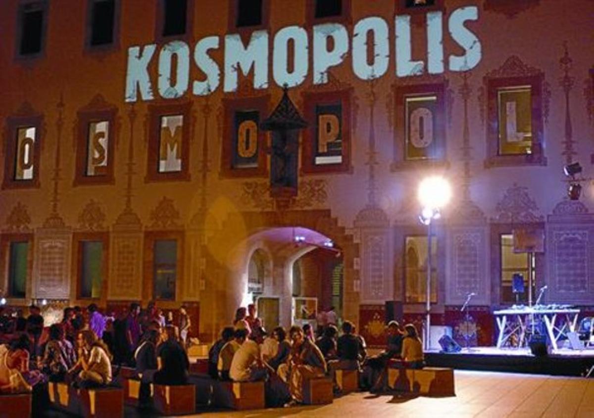 Un aspecto del festival de literatura amplificada, Kosmópolis, en la edición del 2006.