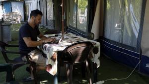 30 famílies opten per viure la desescalada en un càmping del Berguedà