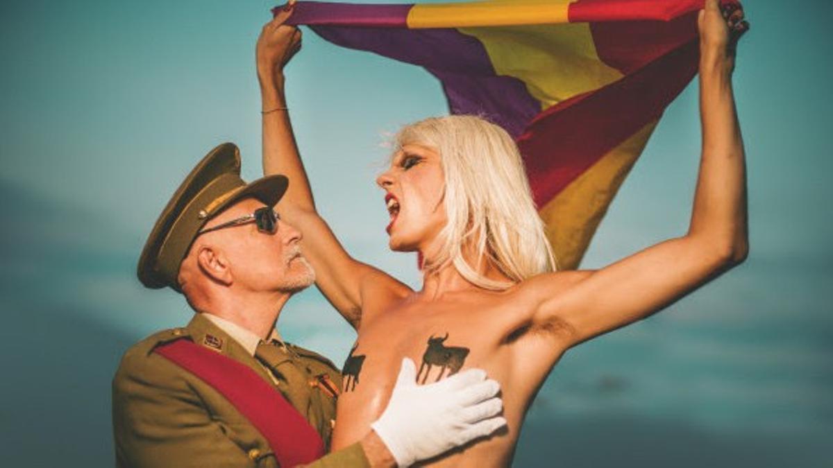 Samantha Hudson, en una captura del videoclip 'Por España', que ha presentado este martes, 12 de octubre.