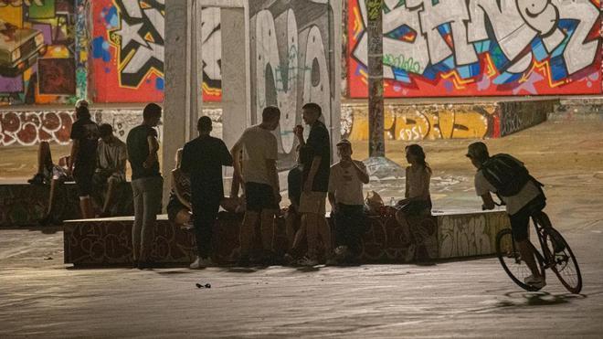 La atención psicológica a jóvenes en Barcelona crece un 138% durante la pandemia