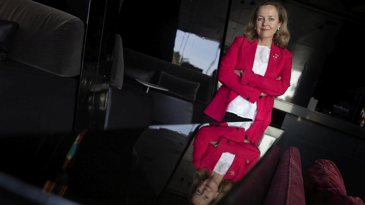 """Nadia Calviño: """"Hacen falta fusiones que refuercen a los bancos europeos"""""""