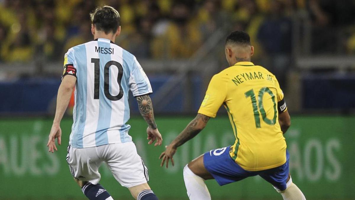 Messi y Neymar, cara a cara en la final de este domingo.