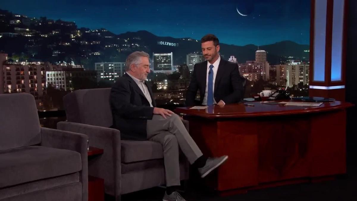 Entrevista a Robert de Niro en que el actor cambia de opinión y dice que ahora no le pegaría un puñetazo a Trump.