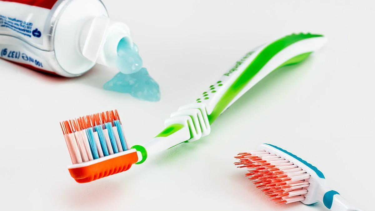 Cepillarse bien los dientes puede evitar la impotencia sexual