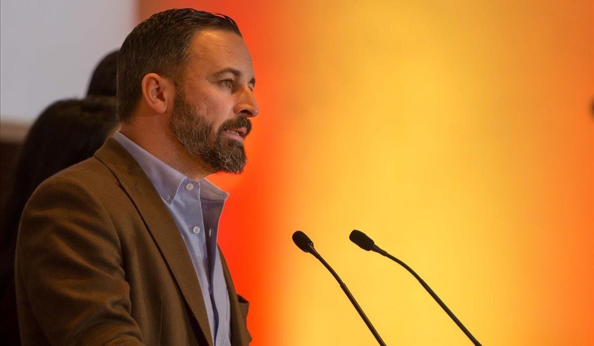 El presidente de Vox, Santiago Abascal, en una rueda de prensa en Sevilla, el pasado 3 de diciembre.