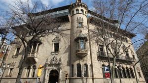 Fachada de la sede de la Diputación de Barcelona, en la Rambla de Catalunya