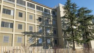 Centro de menore La Misericordia en Girona, con una partepública y otra privada, adjudicada al conglomerado de Plataforma Educativa.