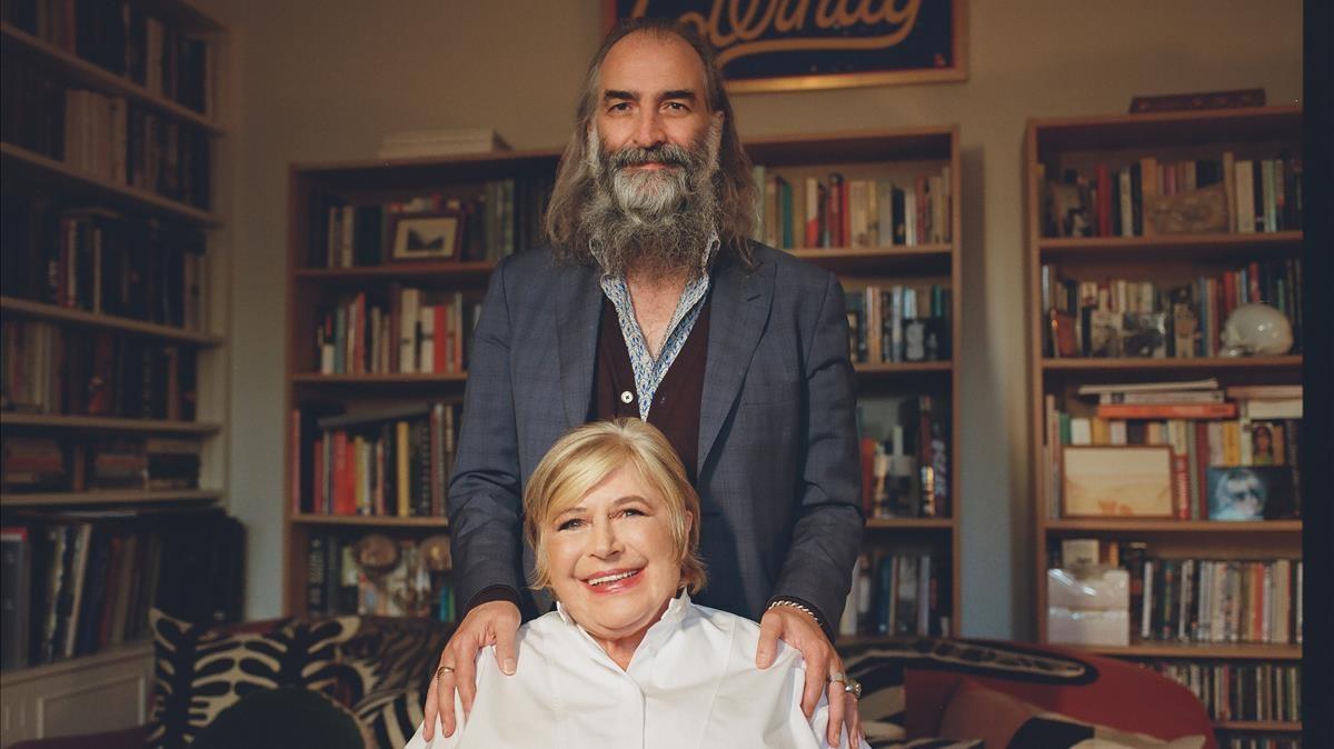 Marianne Faithfull y Warren Ellis, en el domicilio de la cantante.