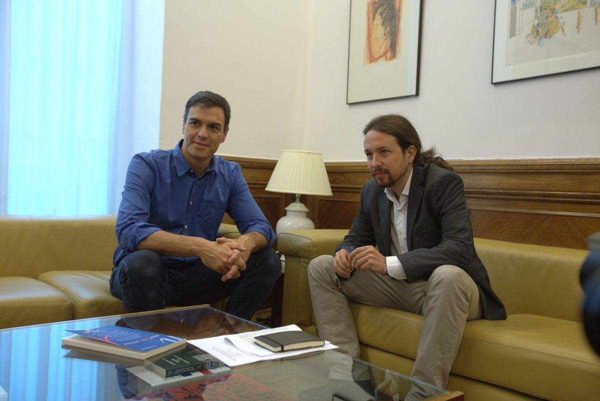Sánchez e Iglesias, durante una reunión en el Congreso, en una imagen de archivo.