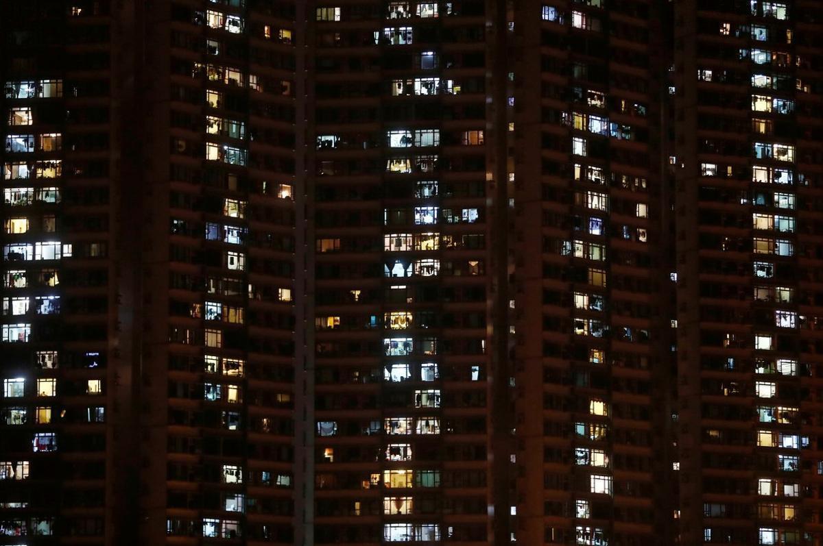 El consumo de electricidad ha aumentado al estar más en casa