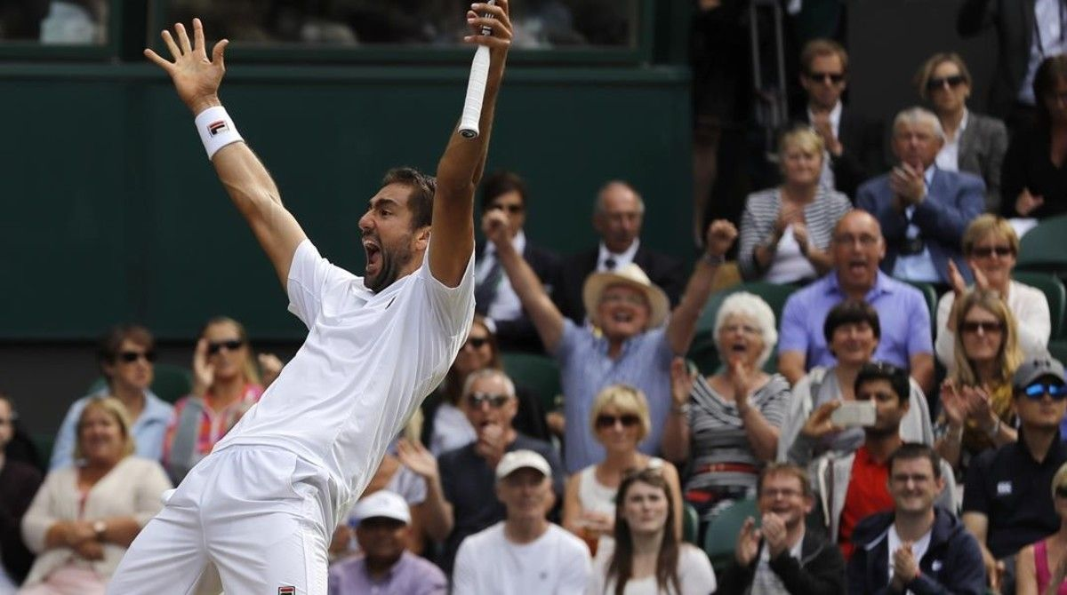 Cilic celebra su clasificación para la final de Wimbledon.