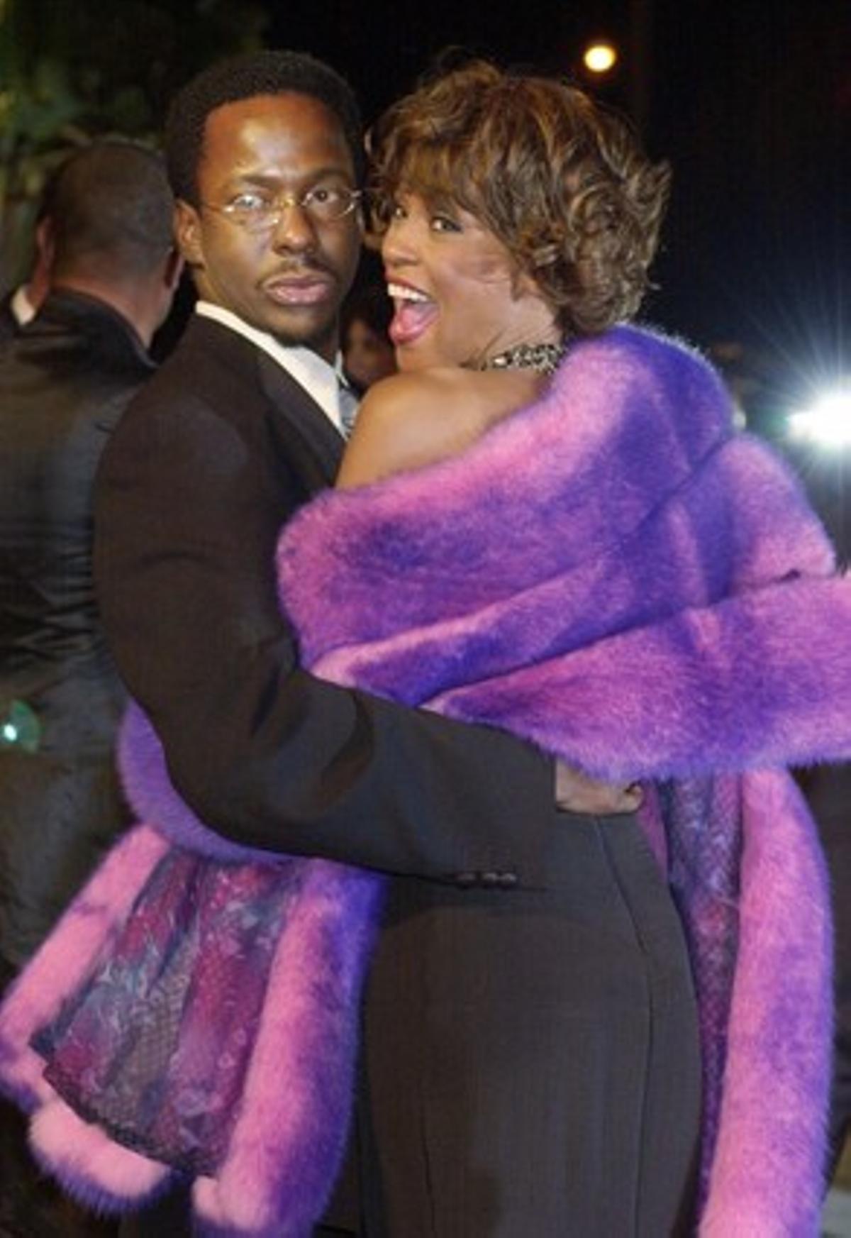 Bobby Brown y Whitney Houston, en los tiempos felices, en el 2001.