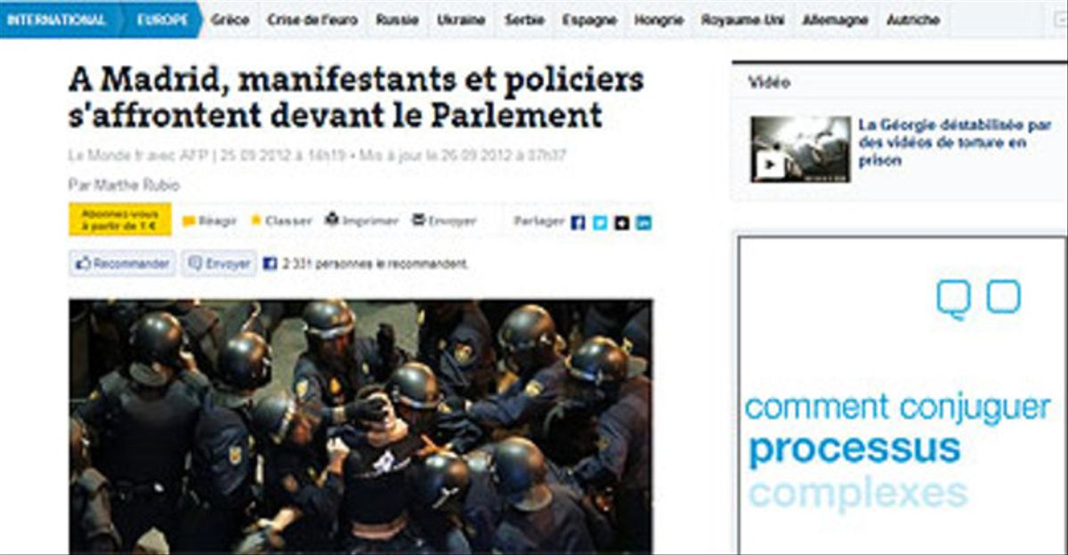 Captura de la web de 'Le Monde', con una foto de la protesta ante el Congreso.