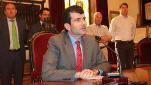 Anticorrupción estudiará pedir la imputación de un asesor de Díaz Ayuso