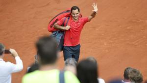 Federer renuncia a seguir a Roland Garros