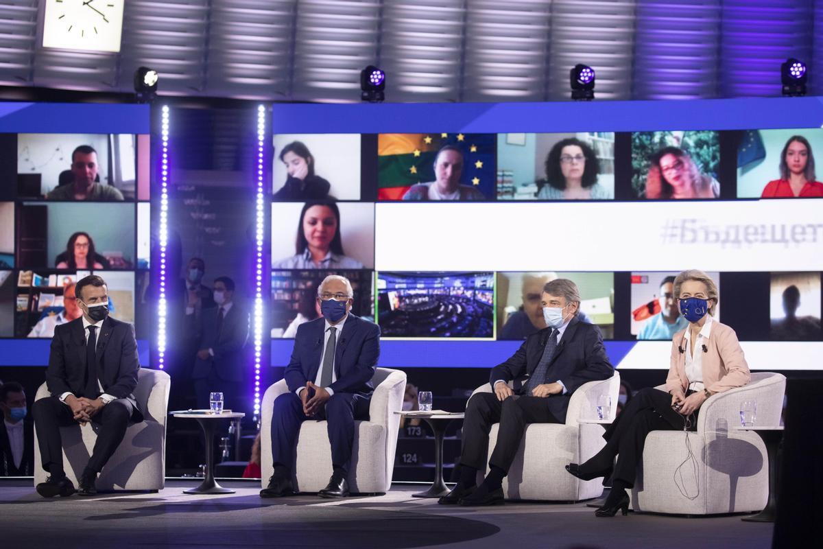 Emmanuel Macron, António Costa, David Sassoli y Ursula von der Leyen en la Conferencia para el Futuro de Europa, en Estrasburgo