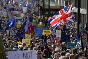 Banderas de Europa y pancartas contra el 'brexit', en unamanifestación europeísta en Londres.