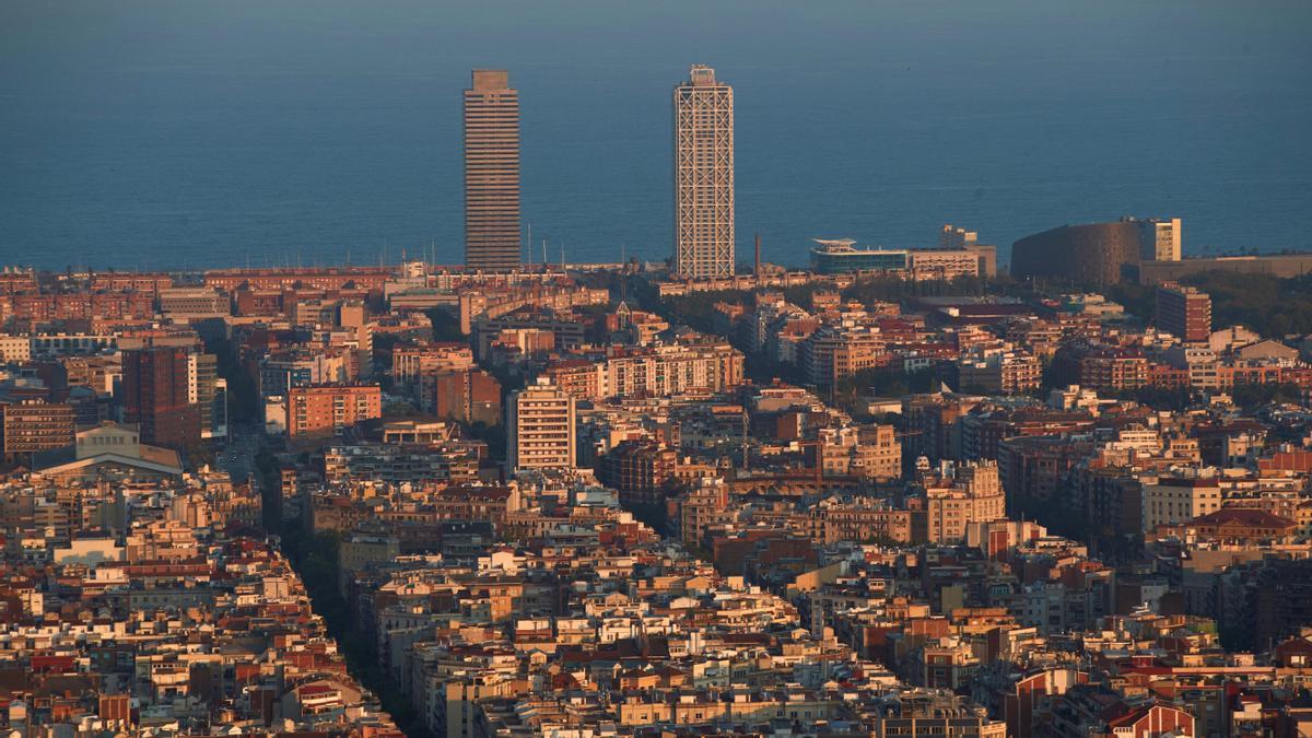 Un capellà expulsat de l'Església oficia misses en un centre il·lícit a Barcelona