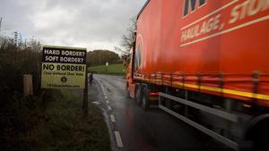 En ruta por las carreteras y pueblos de la endiablada frontera de Irlanda del Norte