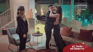 Mónica Naranjo viendo el beso de Fani y Christofer.