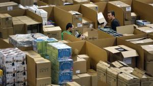 Organización 8Almacen de Amazon España en San Fernando de Henares (Madrid).
