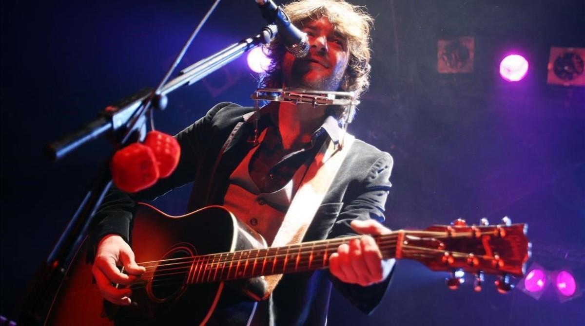 El cantautor madrileño Quique González, en un concierto en Barcelona.