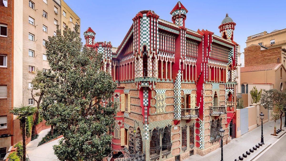 La Casa Vicens de Gaudí, una residencia de veraneo en plena Gràcia.