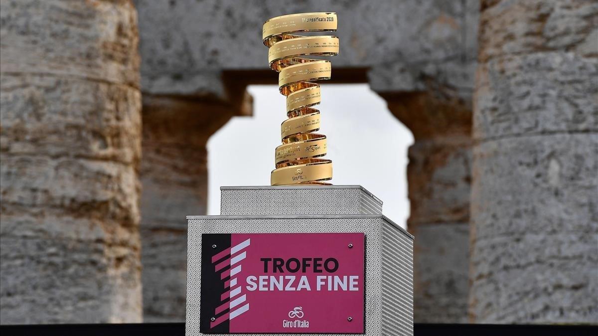 El trofeo por el que se peleará hasta el 20 de octubre.