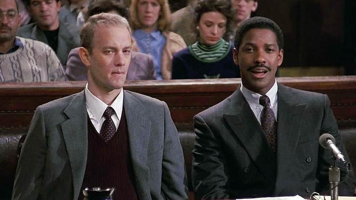 Tom Hanks y Denzel Washington, en un fotograma de 'Philadelphia'.