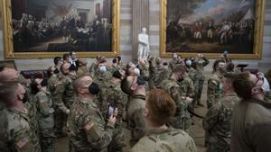 Soldados de la Guardia Nacional que defendieron el Capitolio han sido invitados a visitar el edificio este viernes.