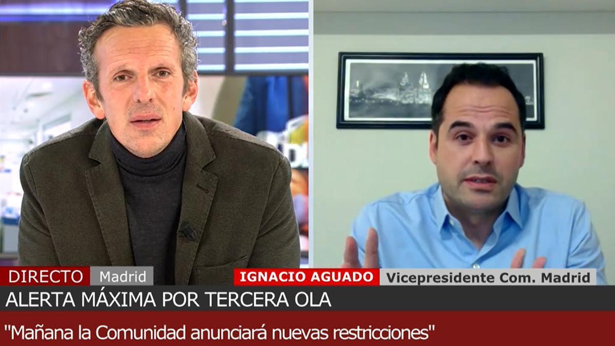 """Joaquín Prat, tajante con Ignacio Aguado por la vacunación en Madrid: """"¿A qué juegan ustedes?"""""""