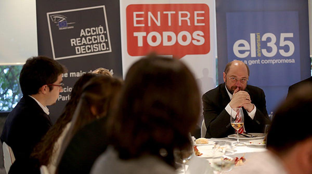 El presidente del Parlamento Europeo, Martin Schulz, se reúne con 10 lectores de EL PERIÓDICO y atiende a sus preguntas.