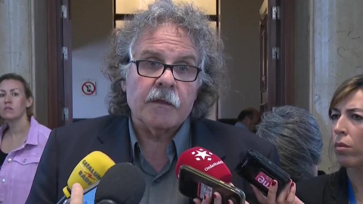 Joan Tardà y Carles Campuzanohan rechazado los vídeos publicados ayer por el diario Ara.