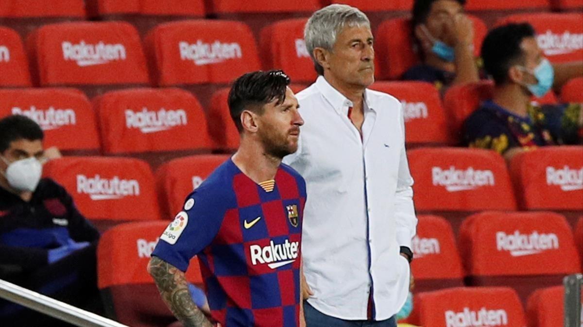 Messi y Setién, en el Barça-Osasuna del Camp Nou.