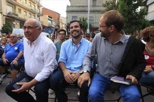 Lluís Rabell, Alberto Garzón y Joan Herrera, ayer en Montcada i Reixac.