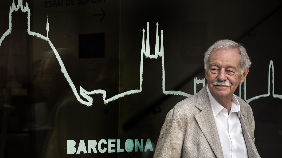 Eduardo Mendoza, siempre con Barcelona en la mente.