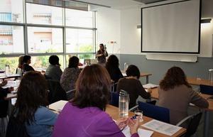 Imagen de archivo de una clase en el Centro de Formación Permanente Tres Roques de Mataró.