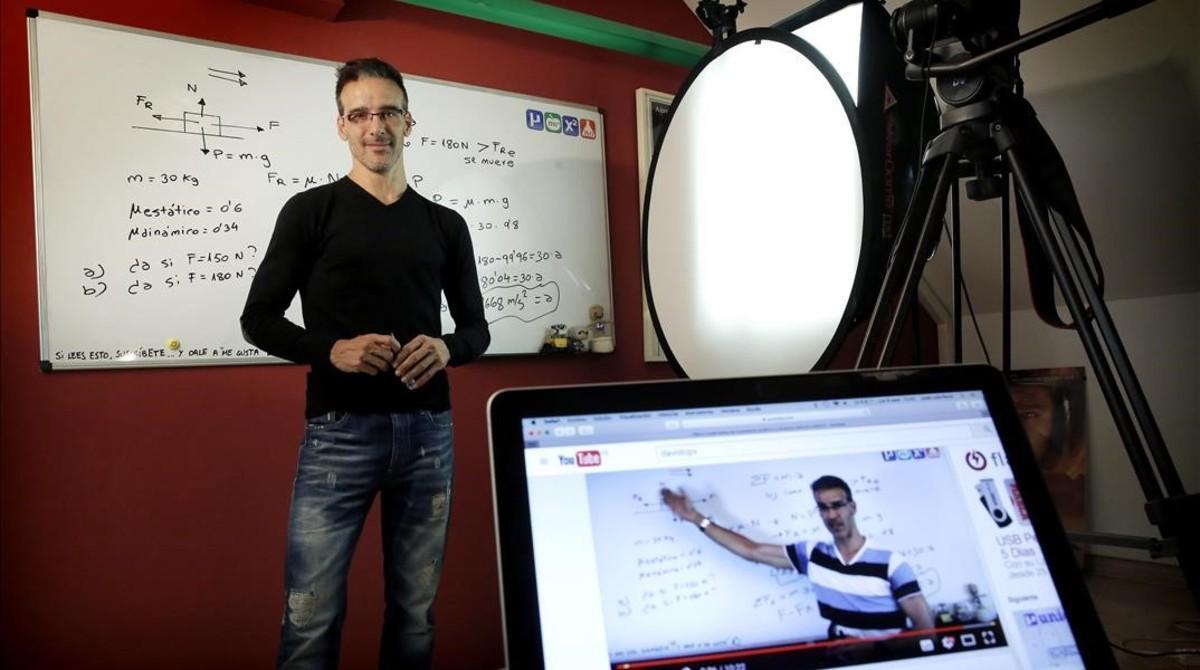 David Calle, profesor de Unicoos, que ha popularizado los tutoriales educativos en España.