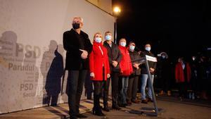 Los líderes socialdemócratas, durante la noche electoral en Bucarest.