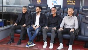 Setién, Sarabia, Pascua Ibarrola y Soto, en el banquillo del Camp Nou.