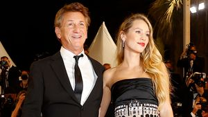 Dylan Penn junto a su padre, Sean Penn, en la 'premiere' de 'Flag Day', el pasado sábado en Cannes.