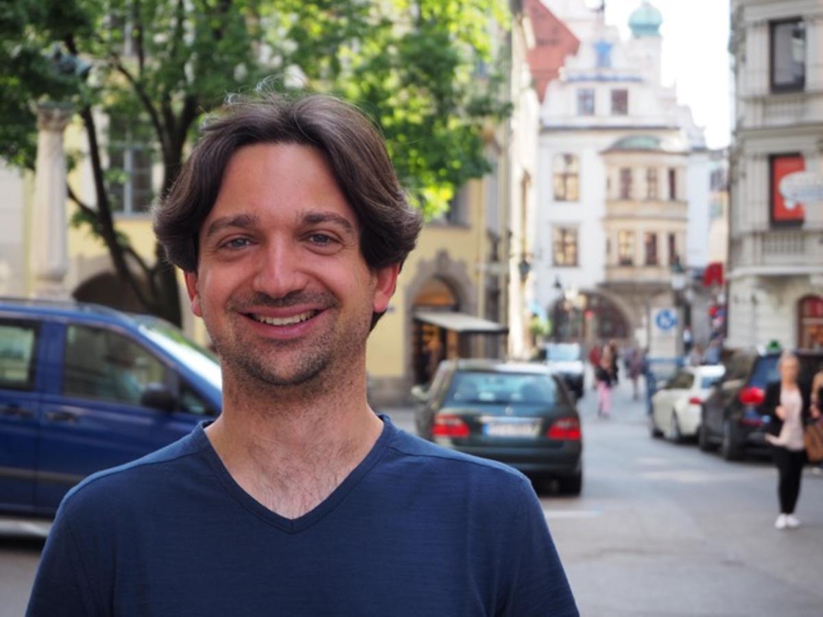 Eduardo Morales.